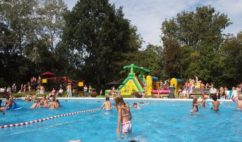 Verruiming van de corona-maatregelen biedt ook het 'kleine badje' in Rhoon vanaf woensdag meer mogelijkheden.