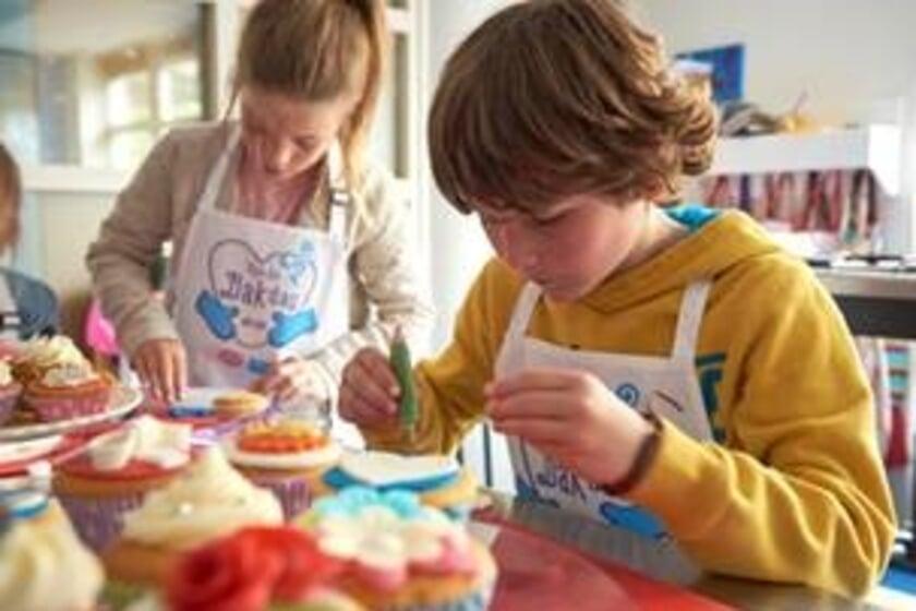 <p>Stichting leergeld Veldhoven de Kempen staat klaar voor wie nu even niet voldoende geld heeft voor kind of kinderen. </p>