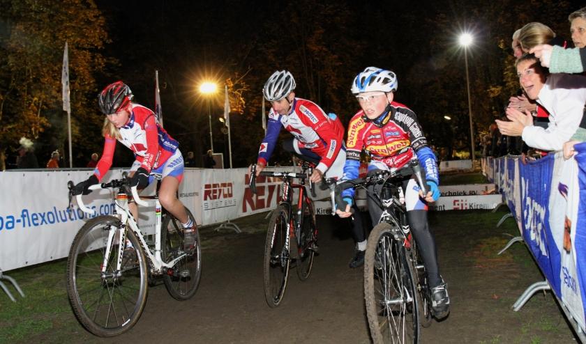 Renners in de Kiremko Nacht van Woerden. Archieffoto: PR/Stephan van Essen
