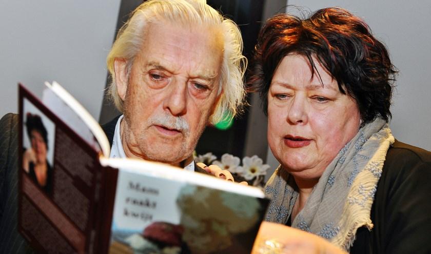 Jan Siebelink en Ria Tuenter. (foto: Roel Kleinpenning)