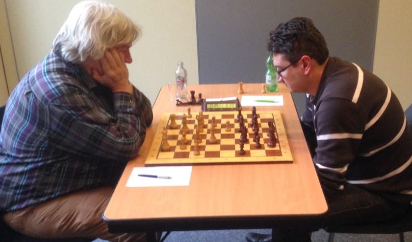 Jan Timman kon tot zijn eigen ergernis de winst niet vinden tegen Andrei Orlov.