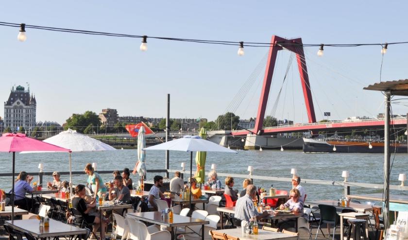 Dineren, lunchen en borrelen op één van de mooiste plekjes van de stad!