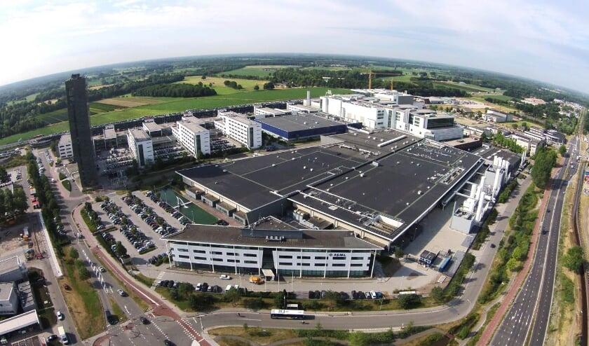 <p>Chipmachinefabrikant ASML in Veldhoven.</p>