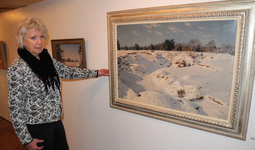 """Diny Kinket bij het Sneeuwlandschap in het Voerman Museum Hattem: """"Je zou bijna denken dat het een foto is."""""""