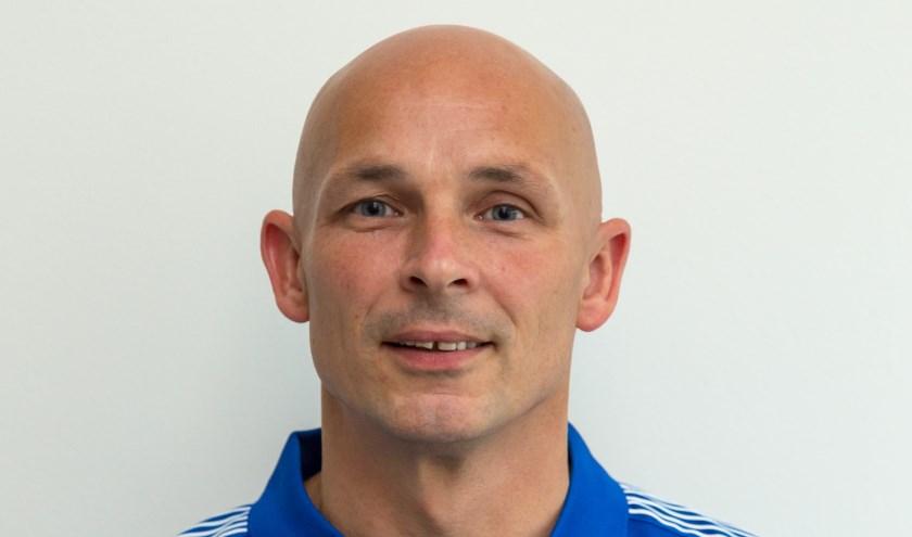 SEH moet op zoek naar een nieuwe trainer. Sander Goosensen (zie foto), gaat na drie jaar de club verlaten. (foto: Barend de Ruiter)