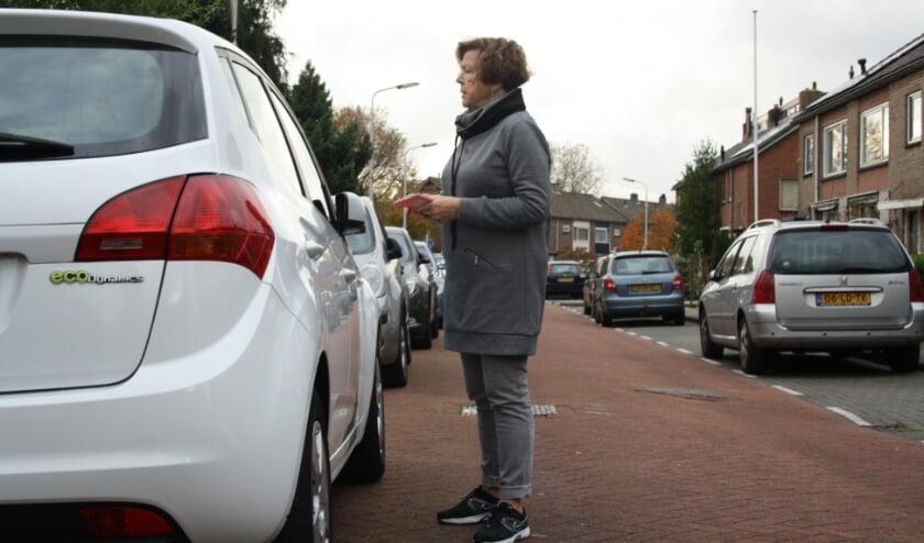 <p>Een scanauto gaat in Arnhem controleren of straatparkeerders betaald hebben voor hun parkeerplek.&nbsp;</p>