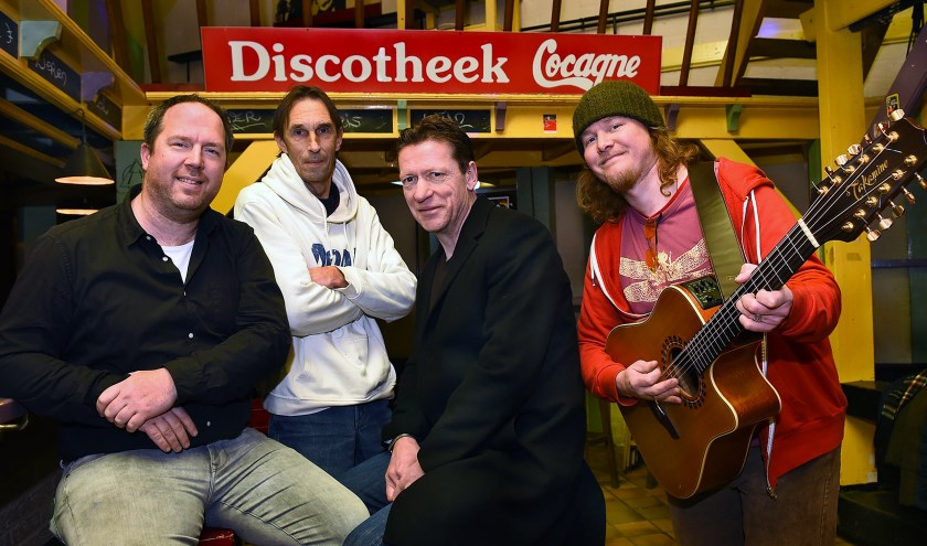Vlnr: Fabian Vinkenvleugel  Paul de Vooght  Harrie Gervers en Dennis Jansen. (foto: Roel Kleinpenning)