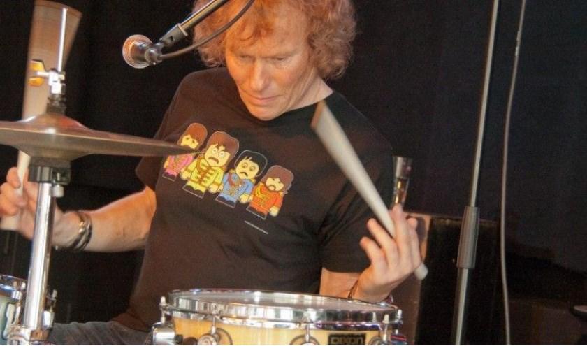 Drummer Rob Kramer hoopt aan de Papsouwselaan een cultuurcentrum te beginnen.