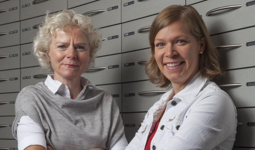 Apothekers Ina Geurts-Fokkema (Flora Apotheek) en Judith Borst (Apotheek De Vijfhoek) maken zich sterk voor de voortdurende verbetering van medicatieveiligheid.