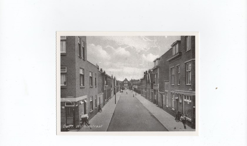 De Willemstraat in de Olofsbuurt in de Hof van Delft. De auto domineerde het straatbeeld nog niet.