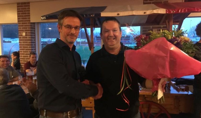 Edwin Brandwacht is uitgeroepen tot vrijwilliger van het jaar bij v.v. Hellendoorn.