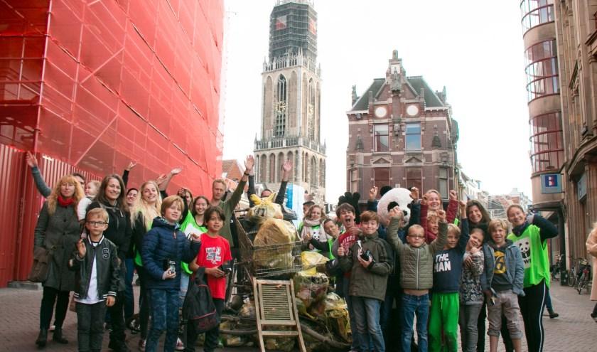 Plastic Vissen in de Utrechtse grachten.