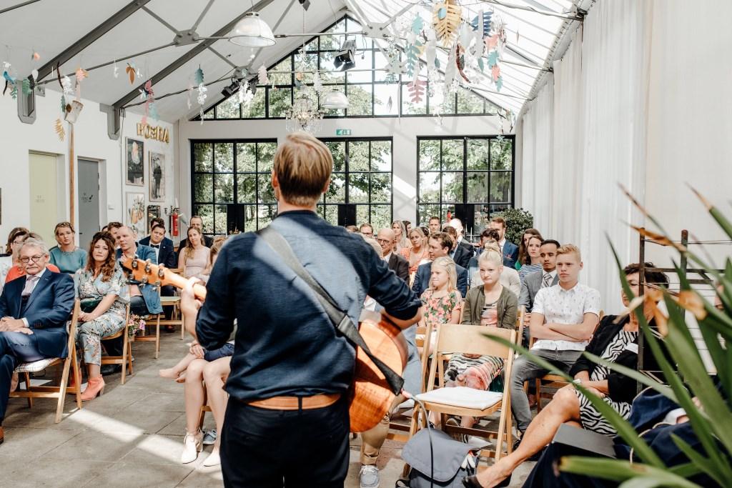 """""""Ik ben altijd nog wel zenuwachtig voor een optreden, het houdt je scherp. Gezonde spanning is altijd goed!"""" (Foto: Romy van den Boogaart) Foto: Romy van den Boogaart © DPG Media"""
