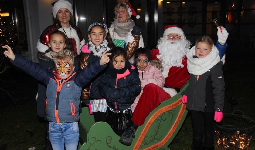 Kinderen konden tijdens de Winterfair op de foto met de Kerstman.