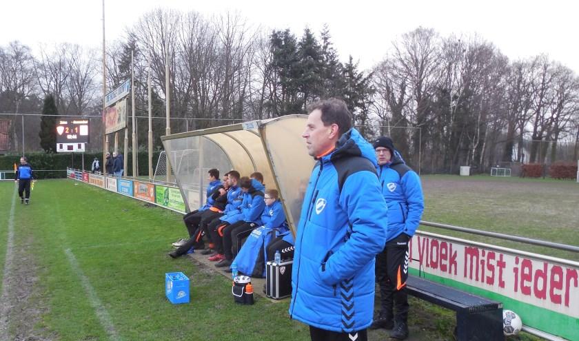 Spanning op het gezicht van de trainer van Zelos Anthonie Nieuwenhuis