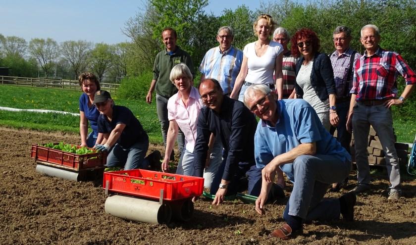 Het voedselproject van schutterij St. Isidorus Oud-Dijk heeft vrijdagmorgen een doorstart gemaakt en daar zijn alle vrijwilligers heel blij mee. (foto: PR)
