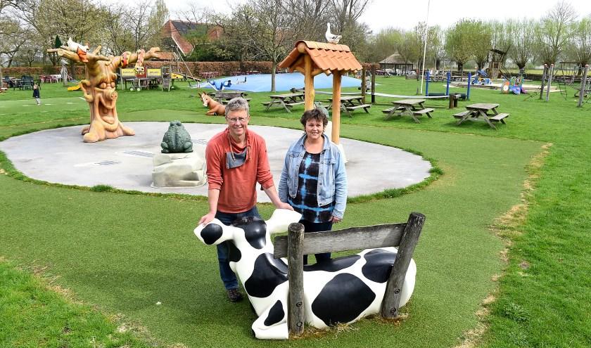 Ondernemer van de week: Paul en Dorien Schurink van koffieboerderij Groot Nibbelink in Sinderen. (foto: Roel Kleinpenning)