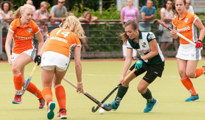 Nikki Scheurs tekende in de 4e minuut van de tweede helft voor de 2-0.