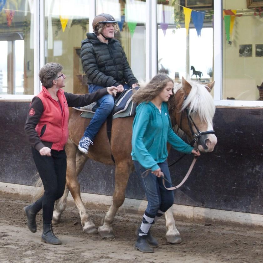 Paardrijles Ariane de Ranitz. FOTO: Ineke van Weele