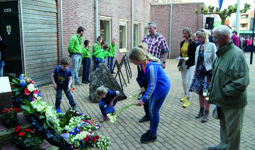 Door de coronacrisis is er dit jaar geen herdenking bij het oorlogsmonument op het Dorpslein.