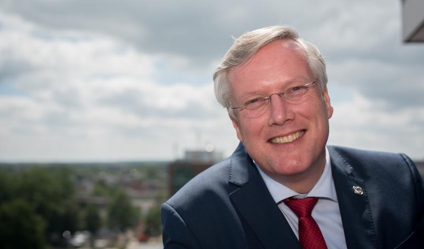 Commissaris van de Koning van Overijssel Andries Heidema.