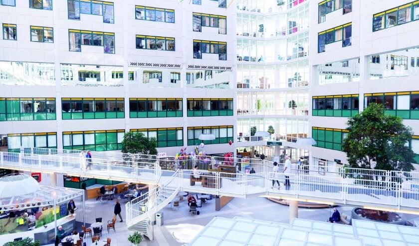 Hoe scoort Rijnstate op kwaliteit in vergelijking met specifieke andere ziekenhuizen? Kijk dan op de website www.ziekenhuischeck.nl.