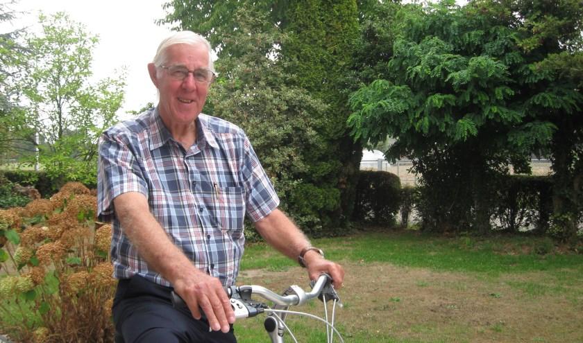 Eens in de twee jaar komt Van Beurden naar Nederland, terug naar zijn wortels. Eind augustus vertrekt hij weer naar Bandung, Indonesië.