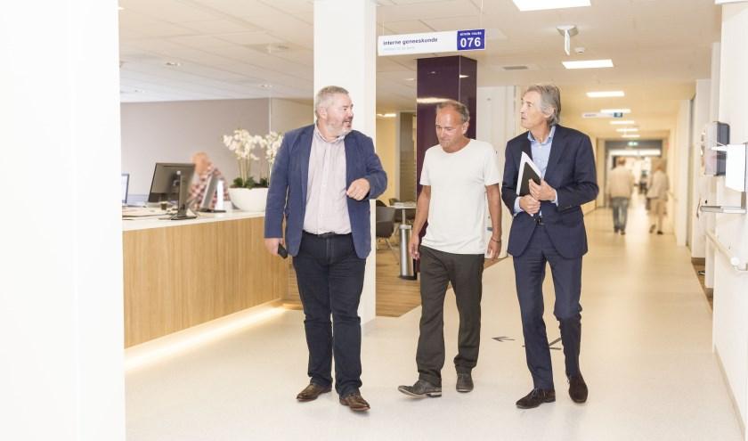 Rik Spooren, Rob Smetsers en Harm Jan Zwaveling zetten zich in om laaggeletterdheid aan te pakken.