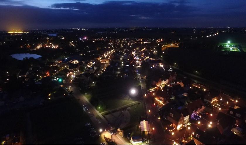 Aalst is op donderdag 13, vrijdag 14 en zaterdag 15 september sfeervol verlicht tijdens de Verlichtingsdagen. Je kunt het geheel al wandelend of rijdend bekijken. Kijk voor meer informatie op www.verlichtingsdagen.nl.