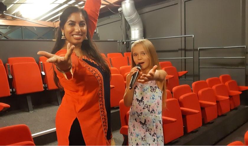 Madhawie en Katja popelen van ongeduld om op te treden
