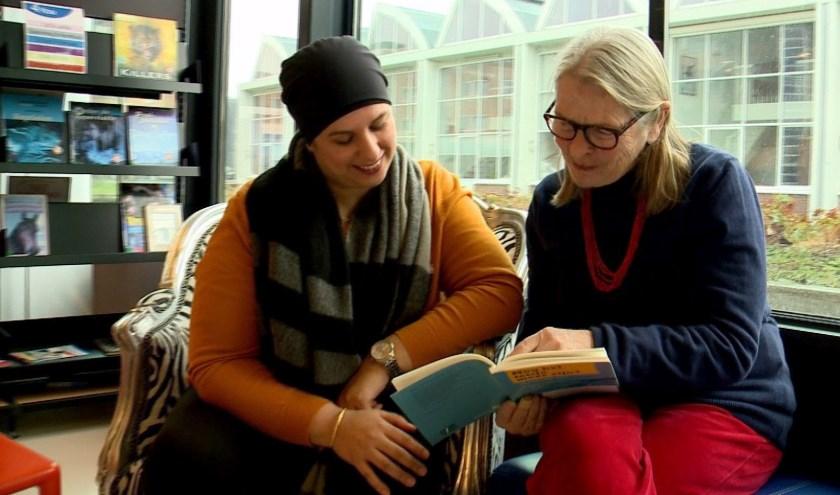 De bibliotheek een plek waar je naast boeken lenen ook dingen kunt leren.