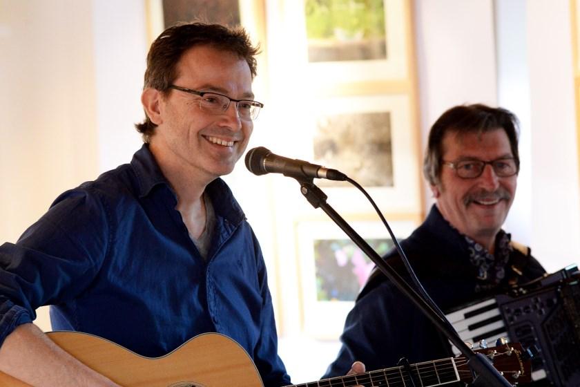 Paul Mulder en Theo Scholten treden zondagmiddag 20 oktober samen op in de knusse Werenfriedkerk aan de Dorpstraat in Westervoort.