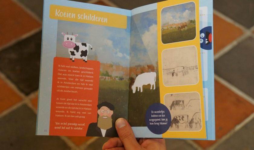 Help het museum door de weggegumde koe 'terug' te tekenen, een van de opdrachten in het nieuwe boekje. (foto: Voerman Museum Hattem)