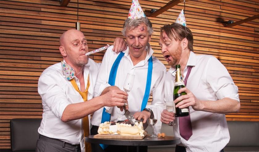 De cabaretgroep Niet Schieten!, die 25 jaar geleden bij Camaretten zowel de jury- en als publieksprijs won, komt nog één keer samen in de originele samenstelling om het jubileum te vieren. FOTO: RON DE GRUYL