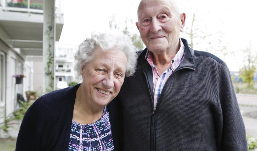Jean en Harrie Van Son-Donkers zijn zestig jaar getrouwd. Foto: Jurgen van Hoof.