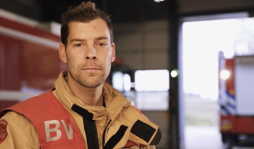 Pieter uit Bladel is naast zijn baan als politie-agent ook vrijwilliger bij de brandweer.