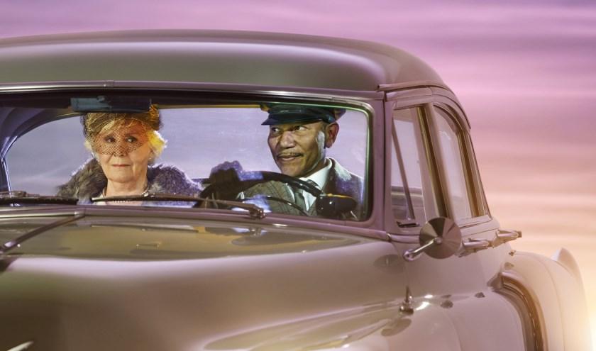 De Hechte Band Tussen Weduwe En Chauffeur In Driving Miss Daisy