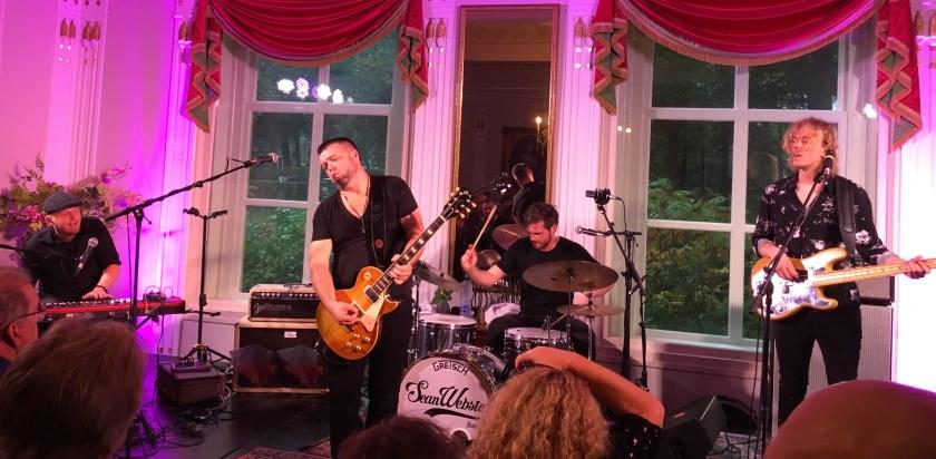 Optreden Sean Webster & band was aanstekelijk en inspirerend.