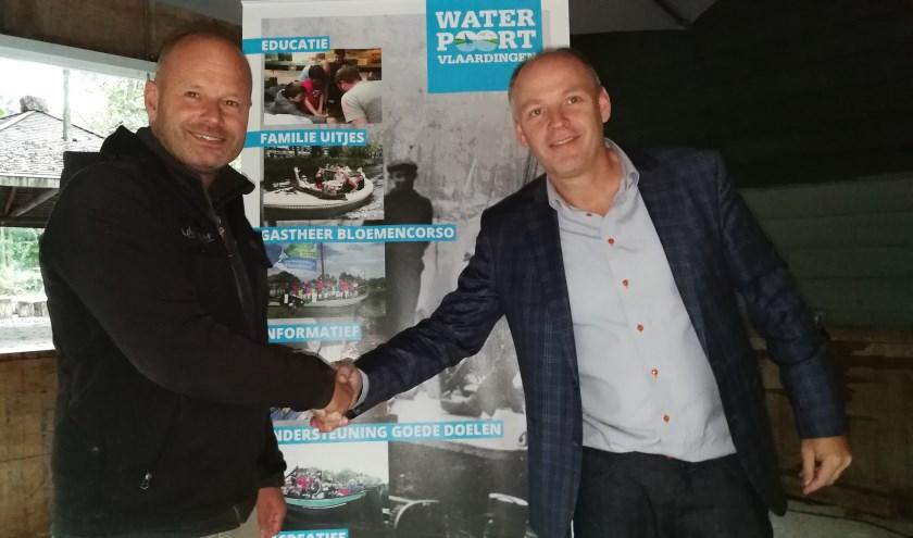 Hans van der Have(links) en Olaf Hanno hebben de handen in een geslagen om het gebied van de Broekpolder meer toegankelijk te maken voor mensen met een beperking. Foto: Peter Spek