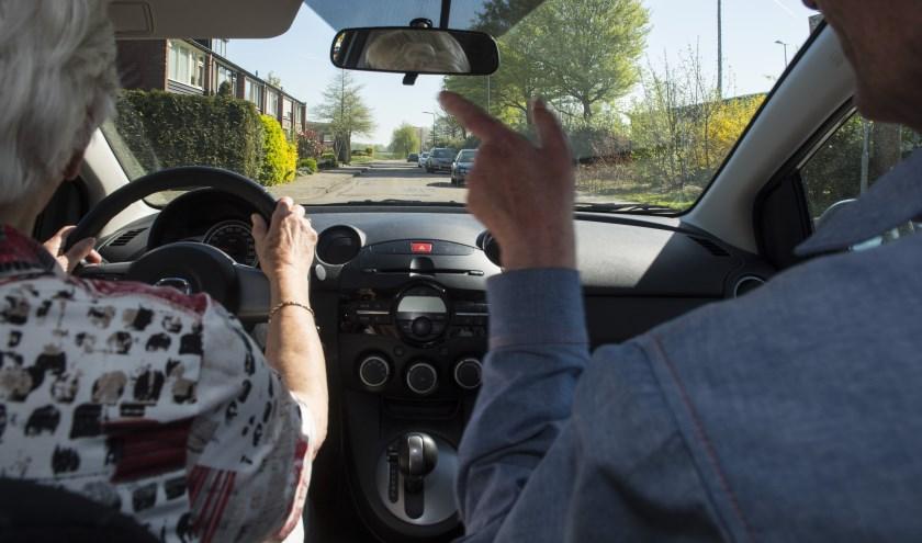 Naast de tweedelige opfriscursus biedt VVN ook een een individuele praktijkrit aan in jouw eigen auto. (foto: Veilig Verkeer Nederland)