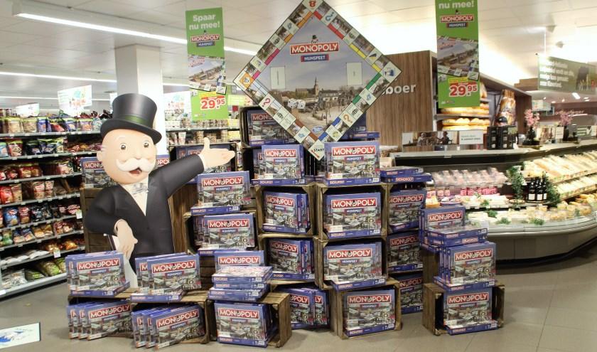 Plus Wilmink staat in het teken van Monopoly Nunspeet, Het spel is helemaal toegespitst op Nunspeetse situaties. Via een spaaractie is het spel te verkrijgen. Maar op=op. (Foto: Dick Baas)