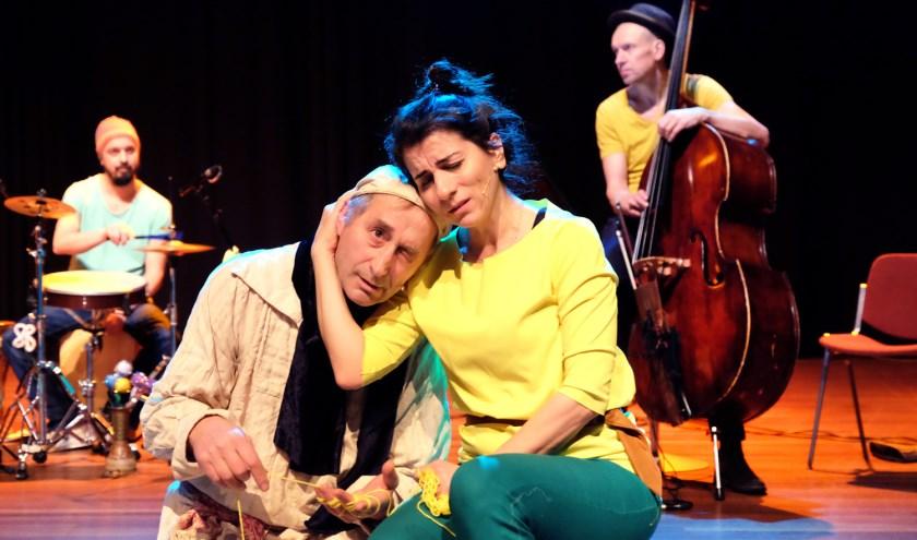 Ayse en de Verliefde Wolk. (Foto: Jean van Lingen)