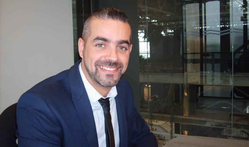 Nu is Roberto sinds ruim een jaar ZZP'er - hij werkt in de PR. Schriftelijke communicatie is in zijn werk erg belangrijk, maar hij kwam er al snel achter dat hij niet goed genoeg kan schrijven.