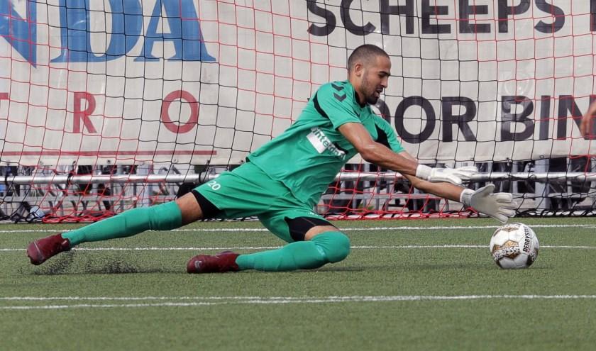 Yordi Godijn reddend in actie namens IFC-zondag.