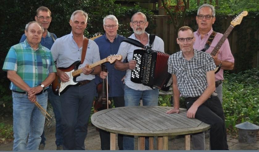 Ook de eerste meezingavond van het nieuwe seizoen zal de Bent weer muzikaal omlijsten. Donderdag 10 oktober wordt weer gestart en locatie is de Wolderse Wever.