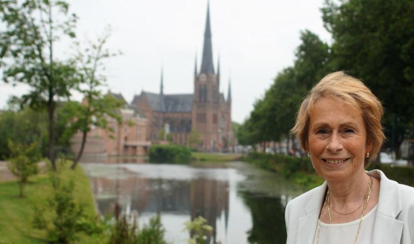 """De Bonaventurakerk voelde voor Birgitte van Hoesel als thuisbasis toen ze hier 30 jaar geleden kwam wonen. """"Het is een mooie plek en de kerk zie ik altijd als eerste als ik op de A12 rijd."""""""