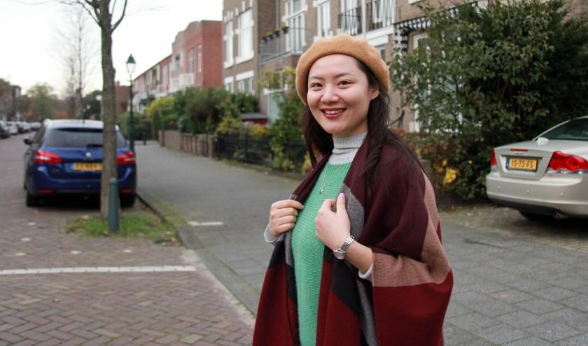 Peiyao Liu wil graag de straatvegers weer ontmoeten die haar hebben geholpen (Foto: Peter van Zetten).