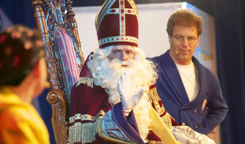 Sinterklaas is hipper dan ooit in de nieuwe show 'Pimp de Sint' van Ernst, Bobbie en de rest.