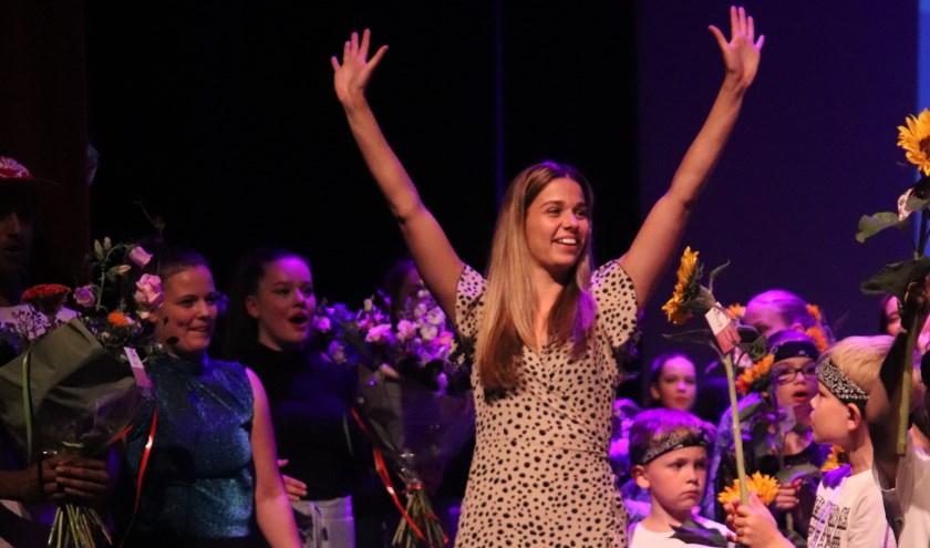De 25-jarige Nikki Habraken heeft sinds september ook een vestiging van haar dansschool in Ammerzoden.