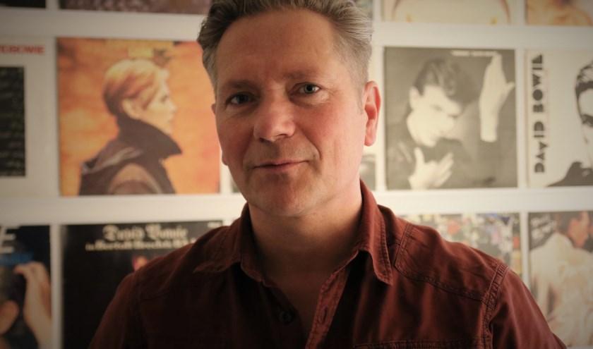 'Ik heb zelfs op de David Bowie Convention in Parijs van de Franse Bowie fanclub een show gegeven.'
